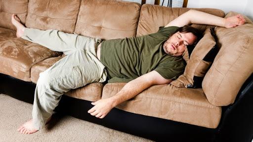 La rovina delle famiglie? Il divano
